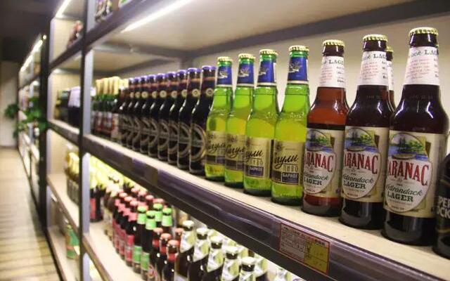 """民生街道上藏着一家成都最大的""""啤酒博物馆""""!"""