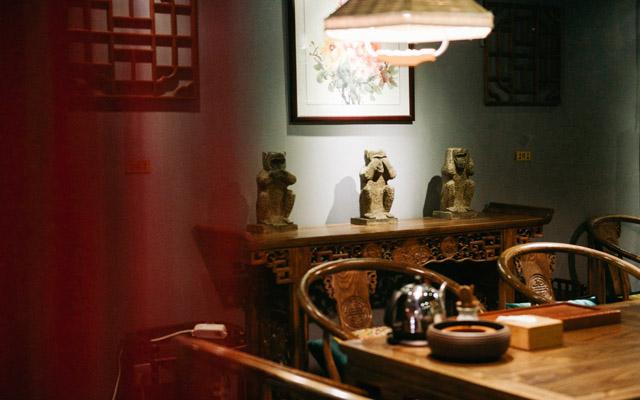隐于街道,藏于岁月的茶馆