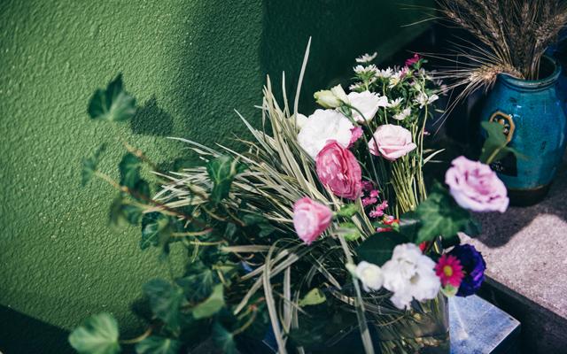 绿色蔓延的森系花店
