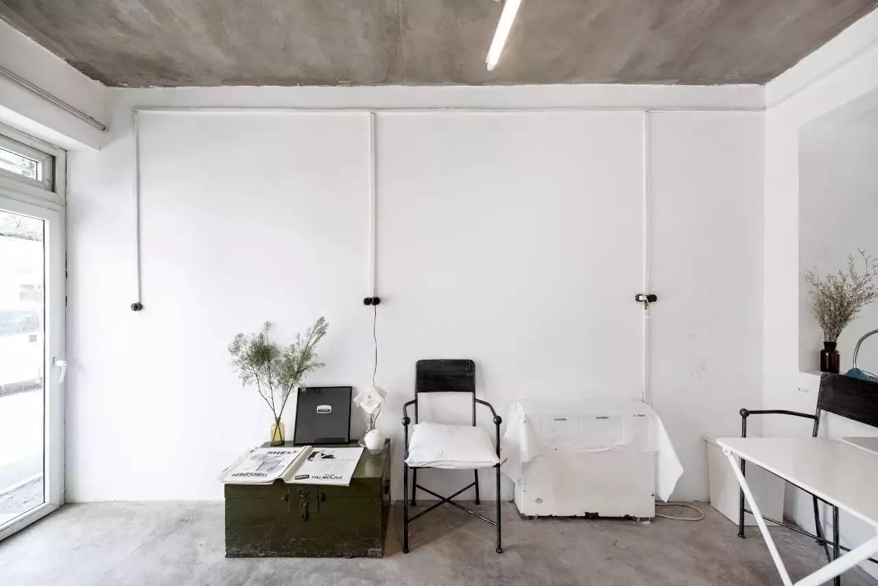 老裁缝店里的极简空间