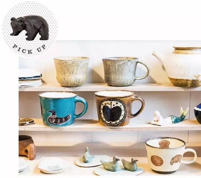 鲷鱼形状的陶瓷镇尺,雪景冬山刺绣胸针,面包形盘子,kokeshi木人偶形状