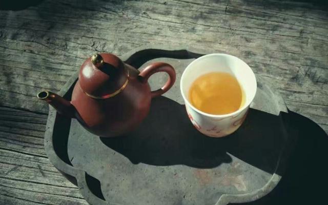 上香山,吃茶去