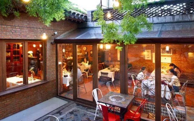 藏红花西餐厅