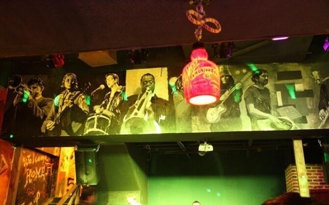 五声音乐酒吧