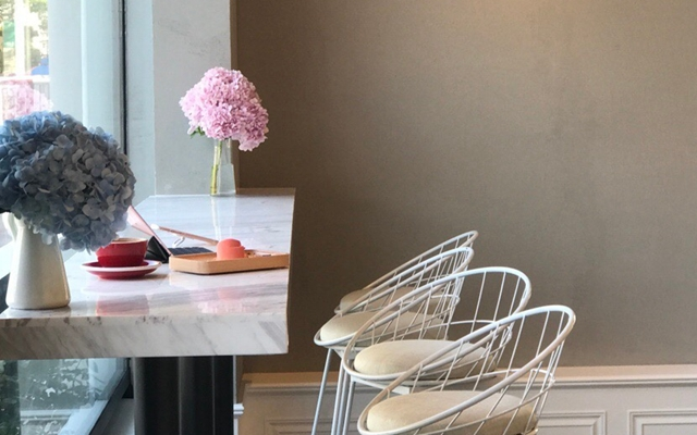 七月玫瑰 Rose In July CAFE