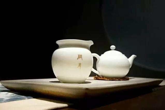 闲月茶馆LTH