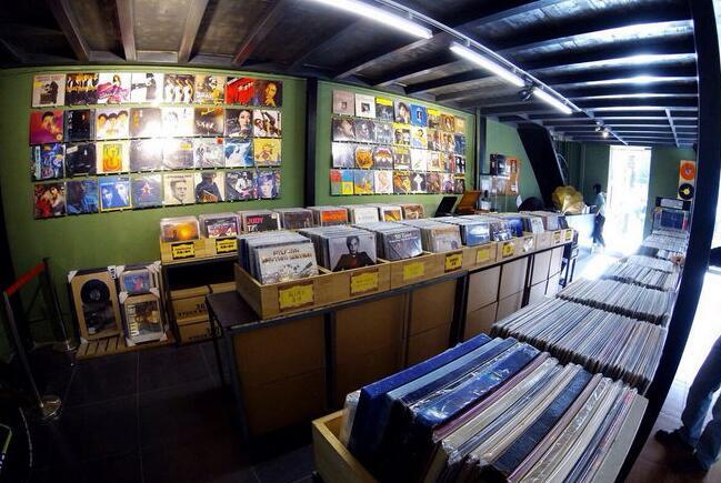 莱蒎黑胶唱片