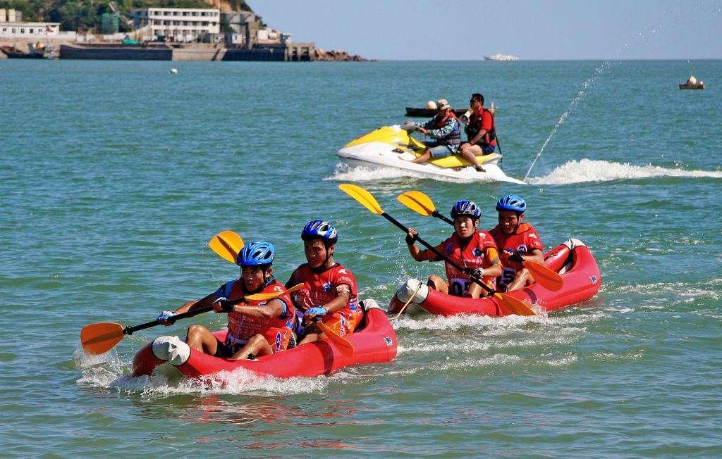 成都企业皮划艇活动,四川谷粒优皮划艇娱乐